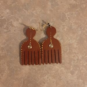 Jewelry - Comb earrings